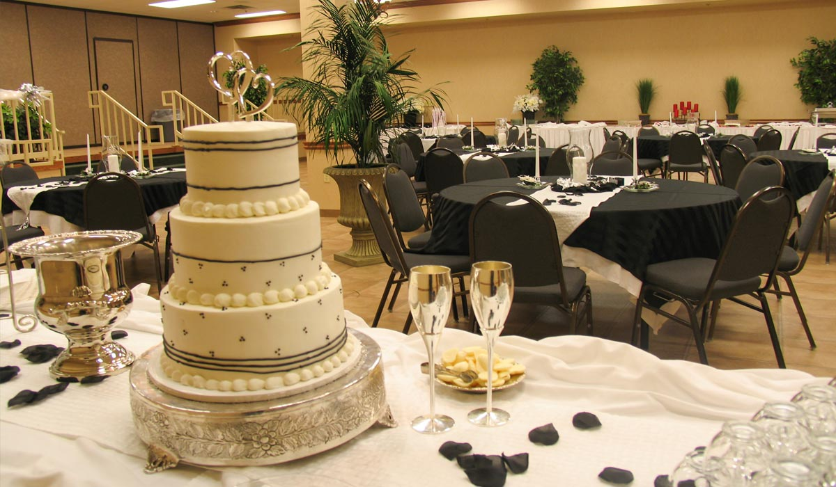 Wedding Receptions in Eureka Springs at Inn of the Ozarks